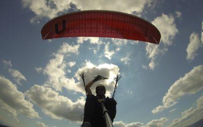 Aircross U-Fly 3 EN B Gleitschirm zum Testen bereit